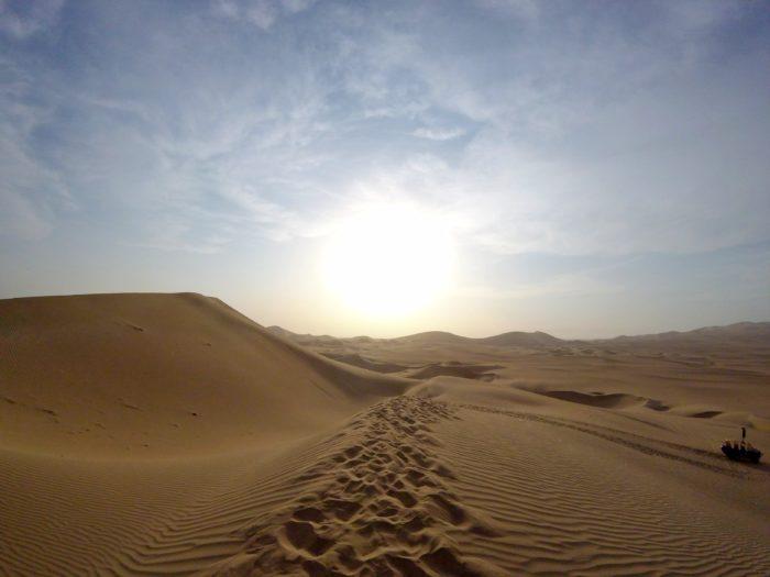足跡しかない砂漠