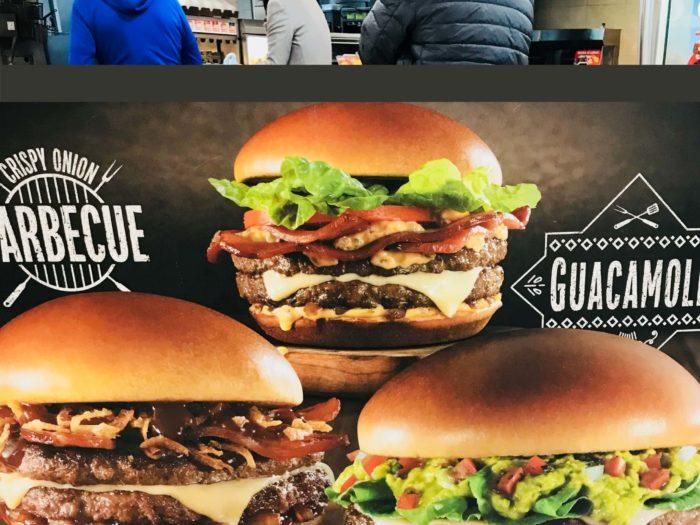 メキシコマックの肉厚バーガー