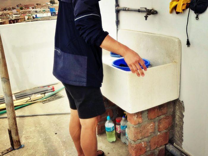 会社の給湯室のシンクサイズの洗い場スペース
