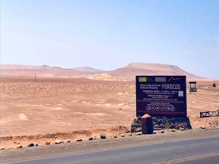 パラカス保護区の看板