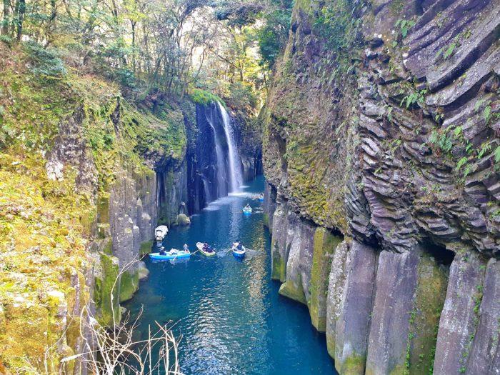 真名井の滝とボート