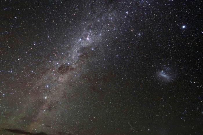 夜空に輝く満天の天の川