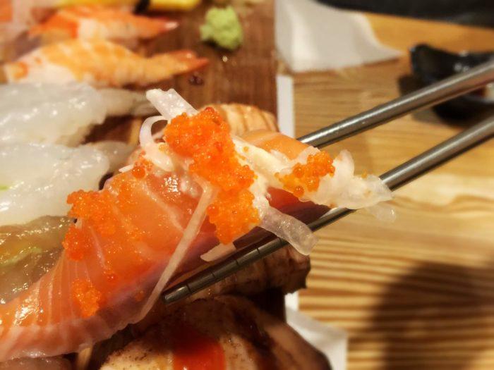 でかサーモン寿司