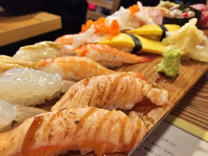 寿司 横から