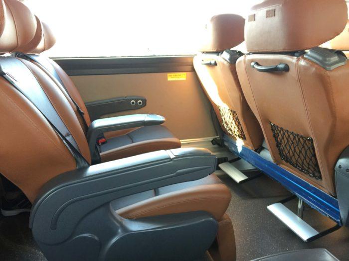 リムジンバスの座席仕様