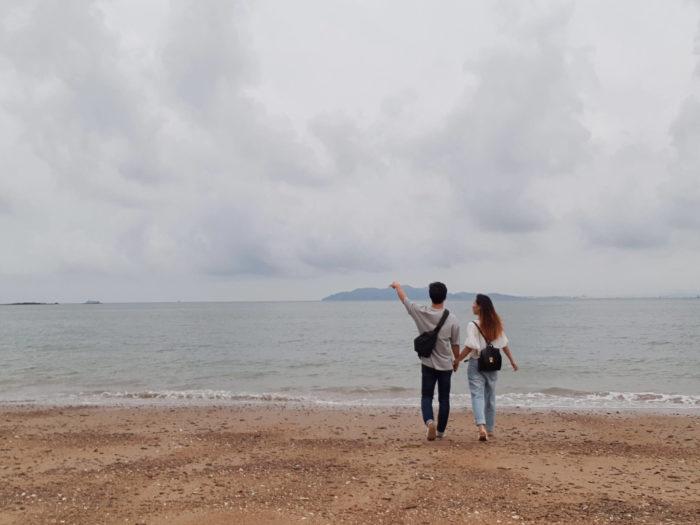 海に向かって…