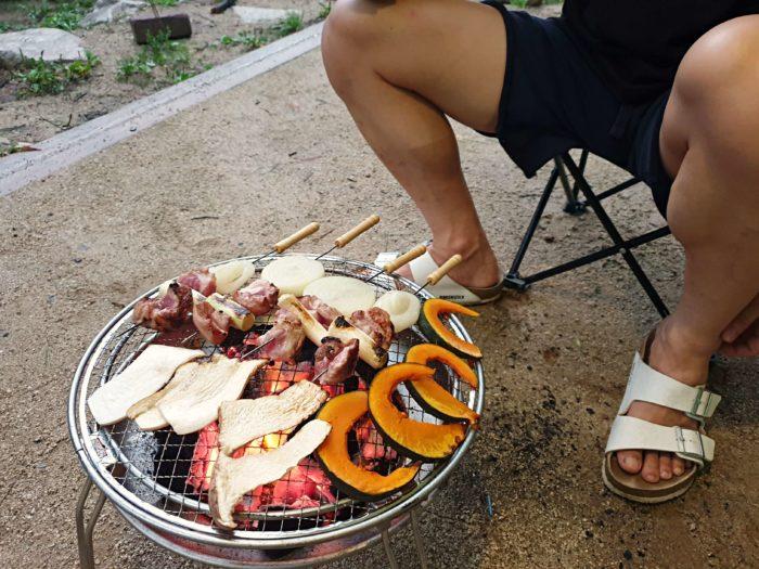 串焼きと野菜