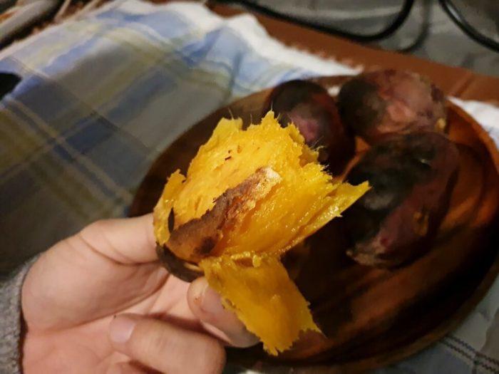 真っ黄色の焼き芋