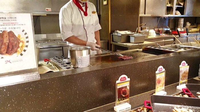 ステーキのライブキッチン