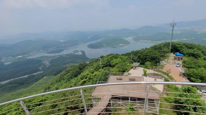 龍の川と韓国の島
