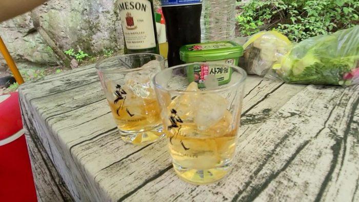 ウイスキーロックで乾杯
