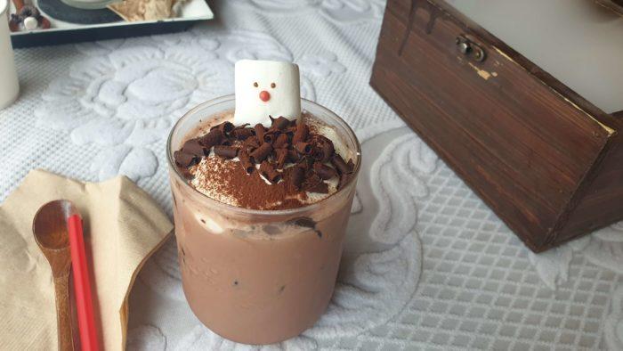 ホットのチョコラテ
