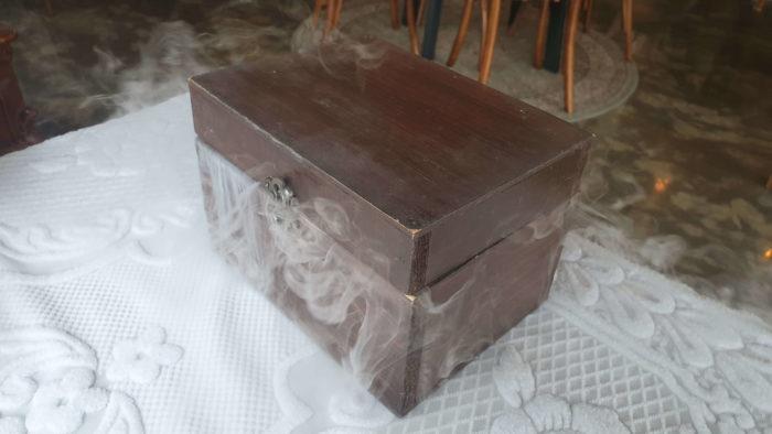 茶色い玉手箱