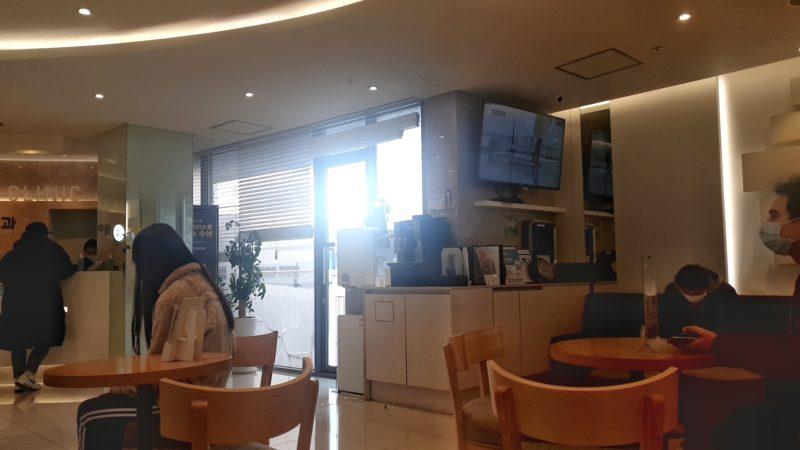 待機室でコーヒーサービス