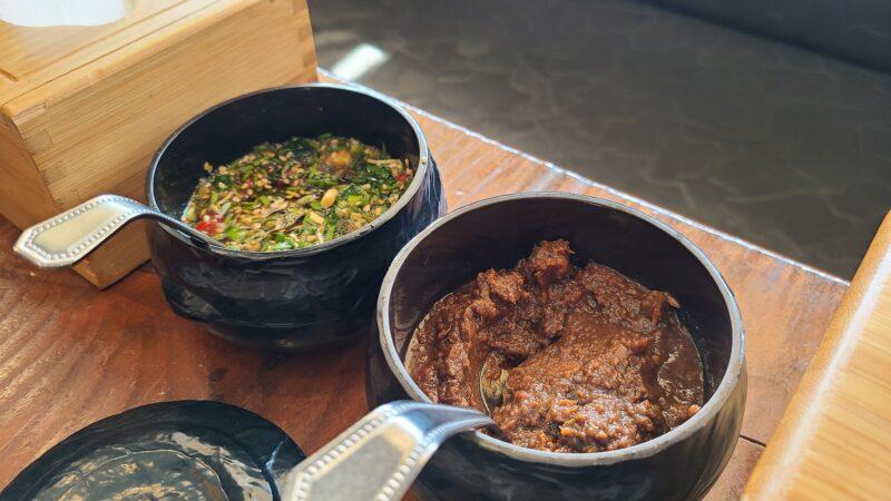 ニラ醤油と韓国味噌